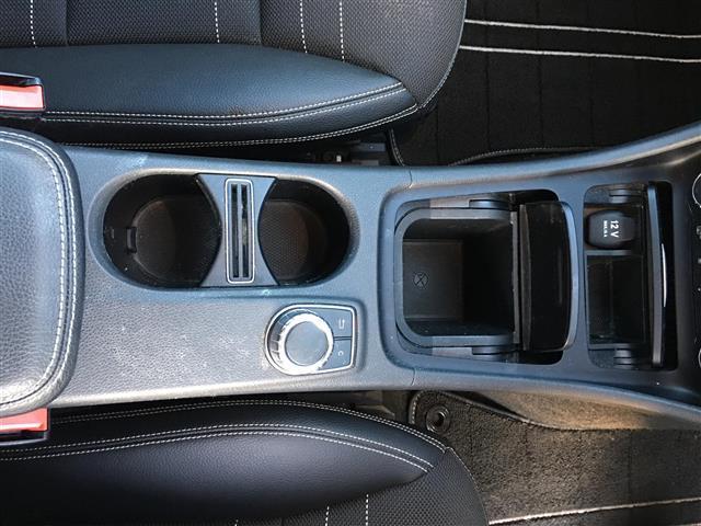A180 メーカーナビ フルセグTV Bluetooth USB クルコン パドルシフト パワーシート ハーフレザー 純正フロアマット 電動格納ミラー コーナーセンサー シートヒーター オートライト フォグ(19枚目)
