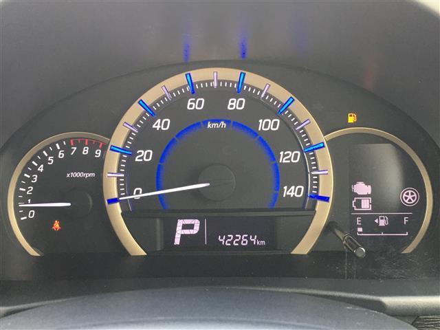 Jスタイル ワンオーナー Sエネチャージ 衝突軽減ブレーキ 横滑り防止装置 iストップ シートヒーター スマートキー HIDヘッドライト LEDフォグ ゴールドドアミラー&ドアノブ&内装パネル サイドストライプ(7枚目)