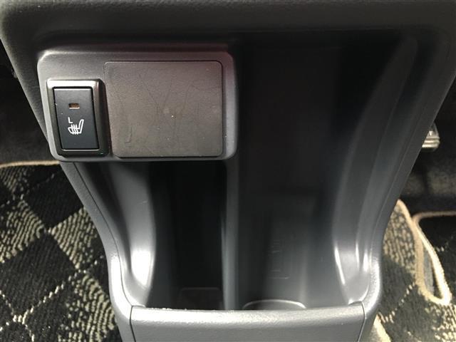 Jスタイル ワンオーナー Sエネチャージ 衝突軽減ブレーキ 横滑り防止装置 iストップ シートヒーター スマートキー HIDヘッドライト LEDフォグ ゴールドドアミラー&ドアノブ&内装パネル サイドストライプ(9枚目)