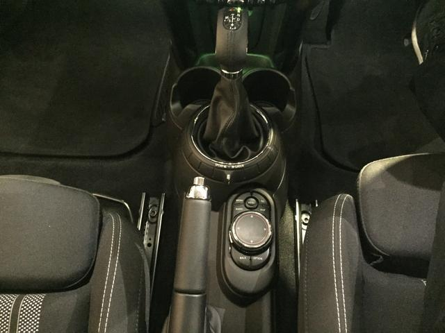 除菌・消臭・抗菌プラスパックいれていただくとさらに快適な空間を!!清潔なお車はお子様にも安心ですね!!中古車がキレイなのは当たり前の時代です! ☆★お問い合わせ【0066-9701-1637】