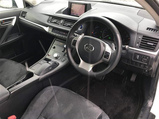 「レクサス」「CT」「コンパクトカー」「佐賀県」の中古車4