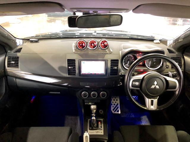 三菱 ランサー GSR エボリューションX