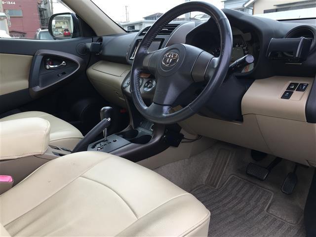 「トヨタ」「ヴァンガード」「SUV・クロカン」「大分県」の中古車11