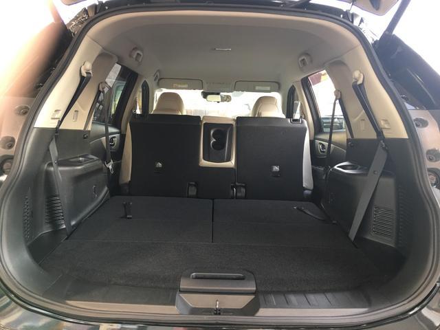 モード・プレミア エマージェンシーブレーキパッケージ 4WD 純正8インチメモリナビ フルセグTV バックカメラ パワーバックドア レザーシート シートヒーター エマージェンシーブレーキ 踏み間違い防止アシスト LEDヘッドライト 3列シート ETC(26枚目)