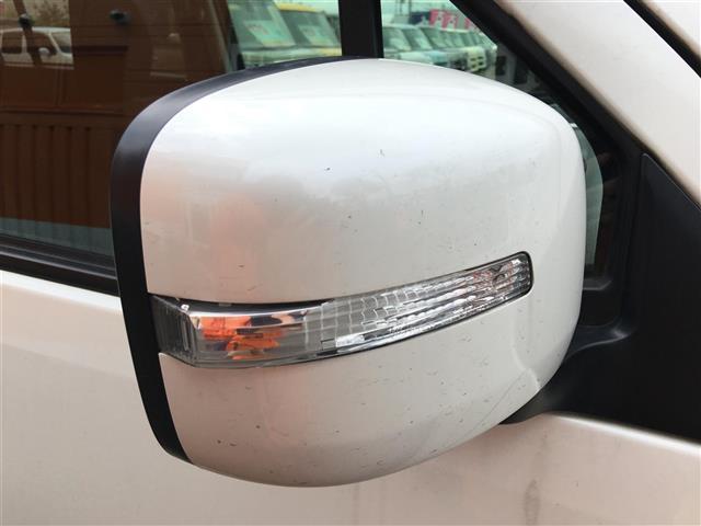 スズキ ワゴンRスティングレー リミテッドII 4WD ワンオーナー メモリーナビ ワンセグ