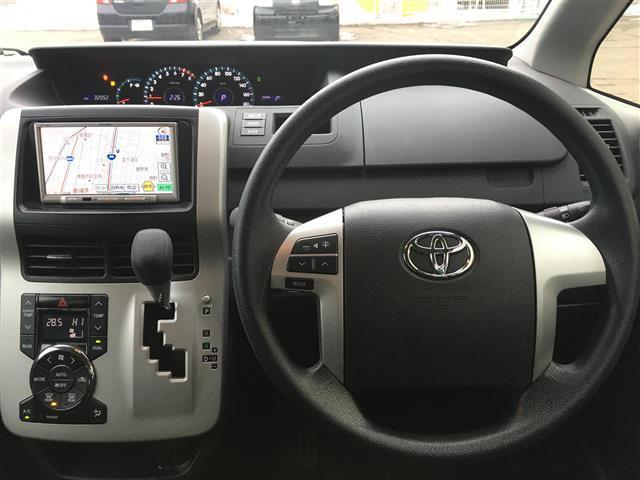 X Lエディション 4WD ワンオーナー SDナビ(3枚目)