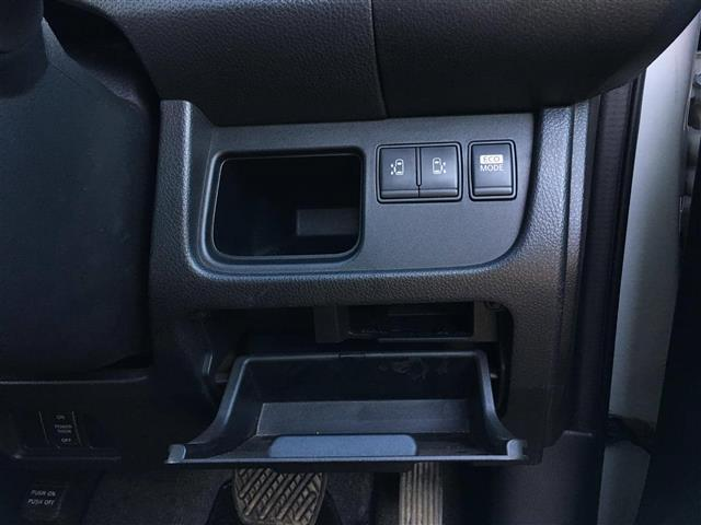 ハイウェイスター 4WD SDナビ フリップダウン 両側電動(10枚目)
