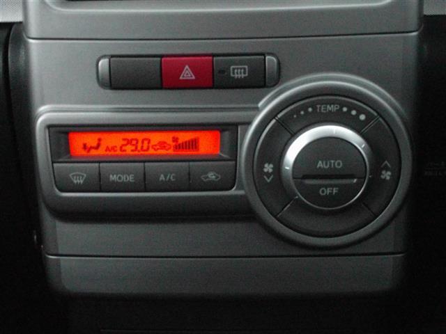 ダイハツ ムーヴコンテ Xリミテッド 4WD