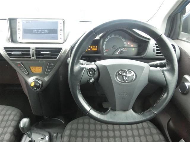 トヨタ iQ 100G HID ETC メモリーナビ スマートキー