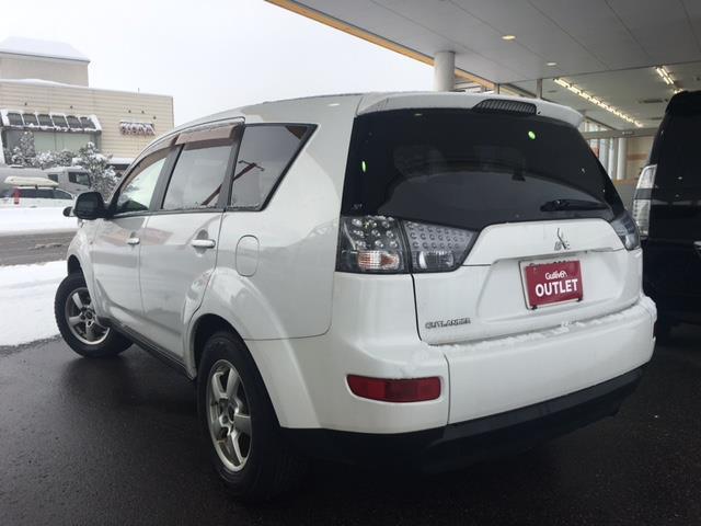 三菱 アウトランダー M 4WD ワンオーナー ETC キーレス CDオーディオ