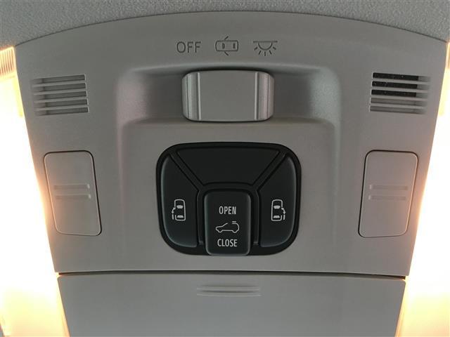 ZR ワンオーナー 社外ALPINE8インチナビ フリップダウンモニター バックカメラ ETC プッシュスタート スマートキー 両側パワースライドドア Wサンルーフ パワーシート クルーズコントロール(14枚目)