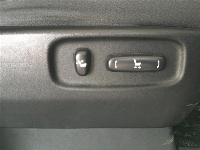 ZR ワンオーナー 社外ALPINE8インチナビ フリップダウンモニター バックカメラ ETC プッシュスタート スマートキー 両側パワースライドドア Wサンルーフ パワーシート クルーズコントロール(20枚目)