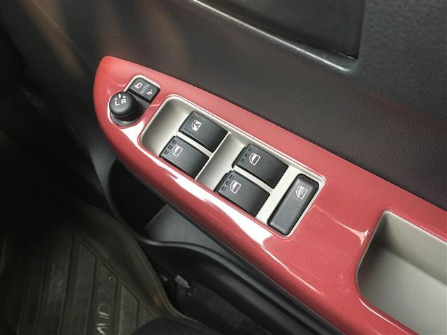 モーダ S ワンオーナー/純正オーディオ/アイドリングストップ/衝突防止機能/横滑り防止機能/コーナーセンサー/プッシュスタート/スマートキー(8枚目)