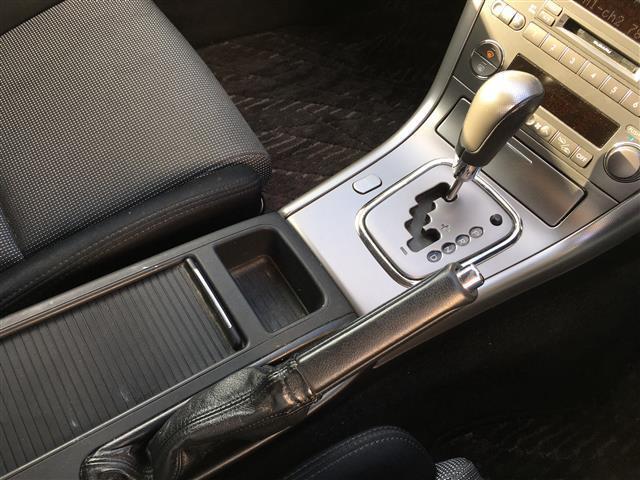 スバル レガシィツーリングワゴン 2.0R ナビ バックカメラ HIDライト