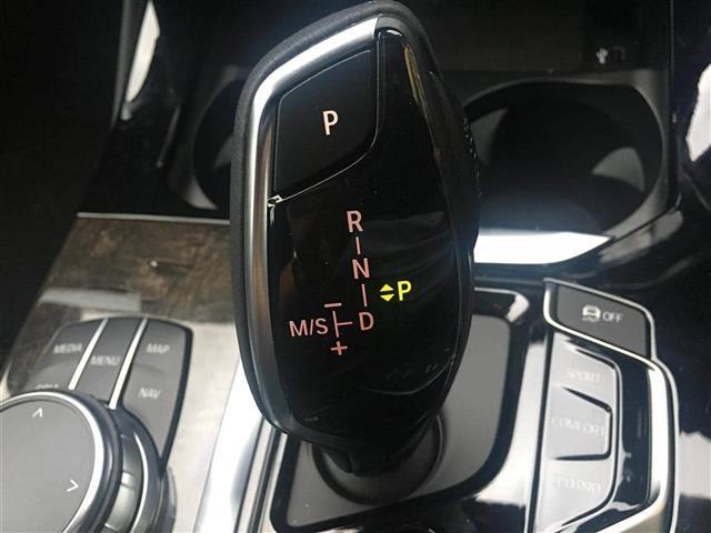 xDrive20d Mスポーツ(10枚目)