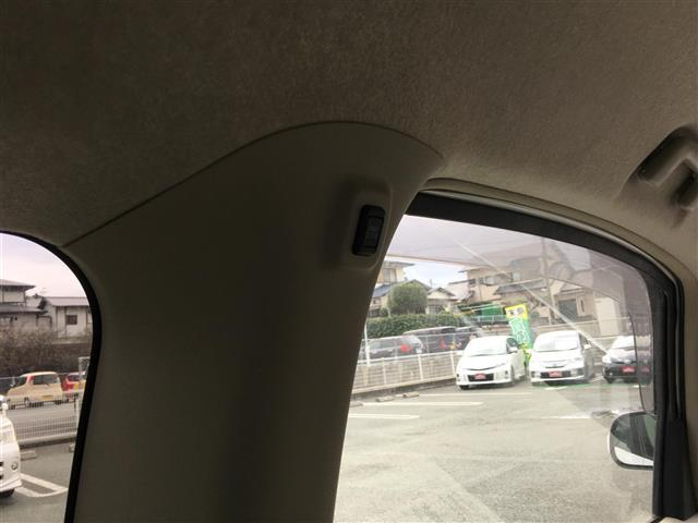 トヨタ ポルテ 130i Cパッケージ メモリーナビ ワンセグ バックカメラ