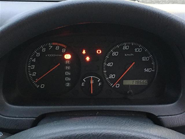 ベースグレード 4WD ワンオーナー 純正CDオーディオ ポータブルナビ パワーウィンドウ フォグランプ ドアバイザー フロアマット リモコンキー(15枚目)