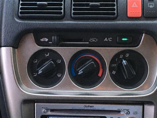 ベースグレード 4WD ワンオーナー 純正CDオーディオ ポータブルナビ パワーウィンドウ フォグランプ ドアバイザー フロアマット リモコンキー(19枚目)