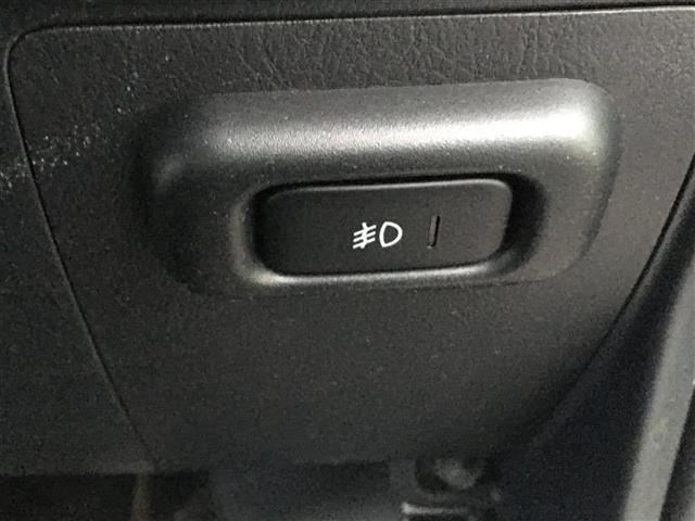 ベースグレード 4WD ワンオーナー 純正CDオーディオ ポータブルナビ パワーウィンドウ フォグランプ ドアバイザー フロアマット リモコンキー(22枚目)