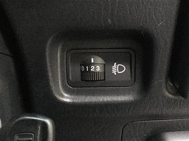 ベースグレード 4WD ワンオーナー 純正CDオーディオ ポータブルナビ パワーウィンドウ フォグランプ ドアバイザー フロアマット リモコンキー(23枚目)