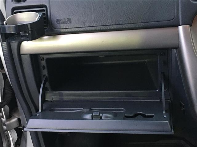 ベースグレード 4WD ワンオーナー 純正CDオーディオ ポータブルナビ パワーウィンドウ フォグランプ ドアバイザー フロアマット リモコンキー(24枚目)