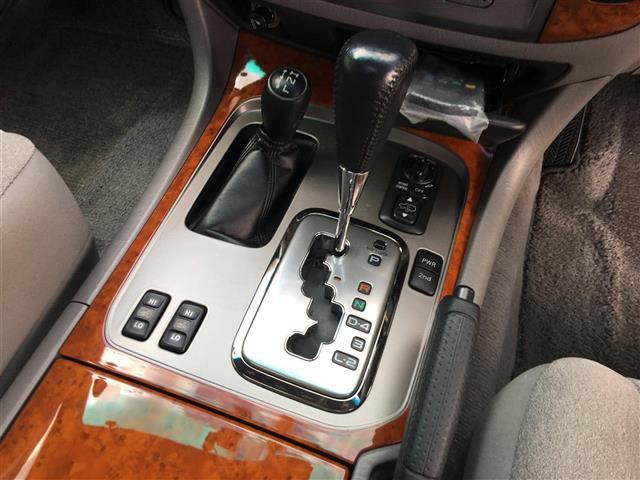 VX-LTD Gセレクション 4WD サンルーフ(19枚目)