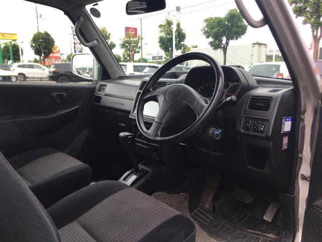 XR 4WD ナビ フルセグ キーレス ETC 夏冬タイヤ(9枚目)