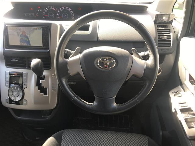 トヨタ ノア Si ワンオーナー HDDナビ バックカメラ電動スライドドア