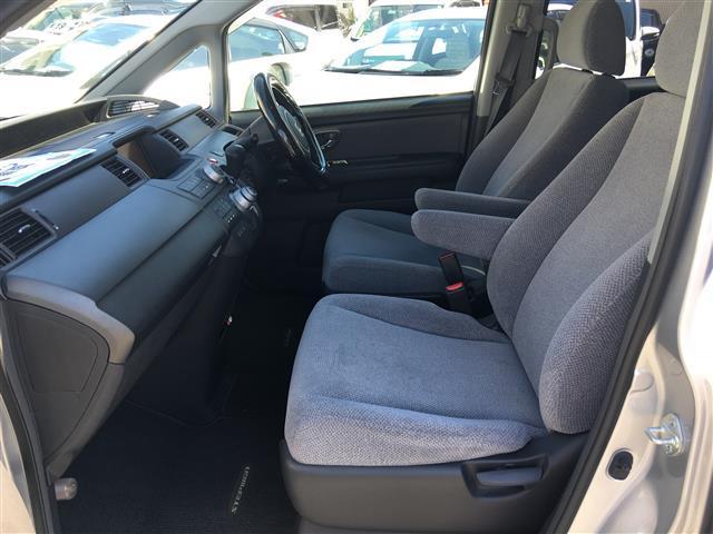 ホンダ ステップワゴン G Lパッケージ  メーカーナビ フリップダウンモニター