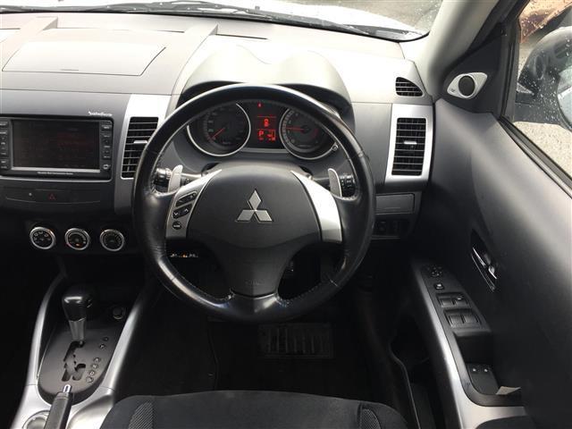 G4WDナビバックカメラロックフォード純正アルミ積込タイヤ付(3枚目)