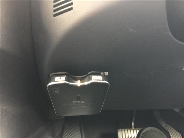 G4WDナビバックカメラロックフォード純正アルミ積込タイヤ付(10枚目)