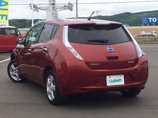 「日産」「リーフ」「コンパクトカー」「北海道」の中古車5