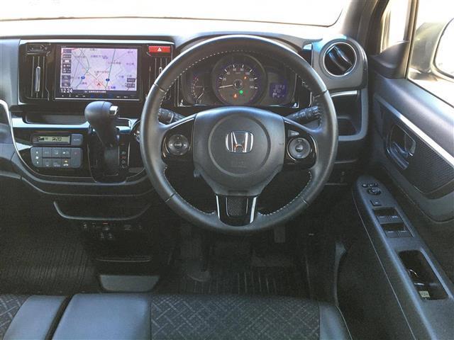G・Lパッケージ ワンオーナー 4WD メモリナビ VXM-175VFEI フルセグ/DVD/BT/SD バックカメラ ビルトインETC クルーズコントロール D/N席シートヒーター プッシュスタート(4枚目)