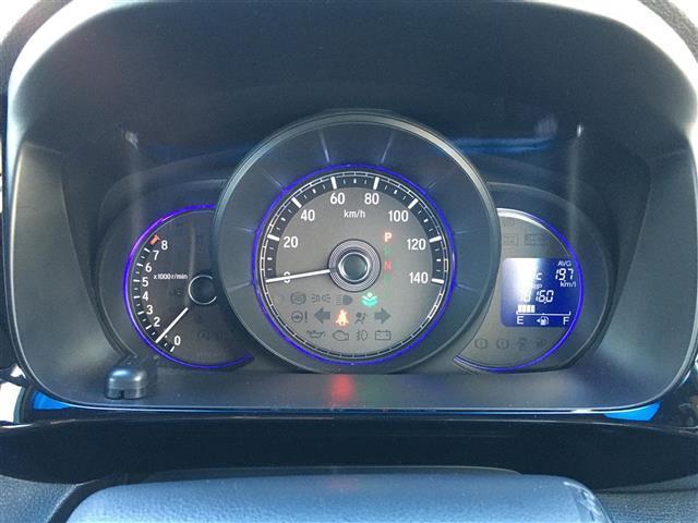 G・Lパッケージ ワンオーナー 4WD メモリナビ VXM-175VFEI フルセグ/DVD/BT/SD バックカメラ ビルトインETC クルーズコントロール D/N席シートヒーター プッシュスタート(5枚目)