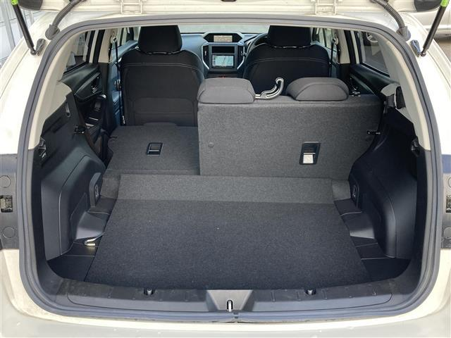 2.0i-Lアイサイト 4WD スマートキー 衝突軽減 横滑り防止装置 アイドリングストップ レーダークルーズ パドルシフト ステアリングリモコン ETC 社外メモリナビ BT/DVD/CD バックカメラ オートライト(18枚目)