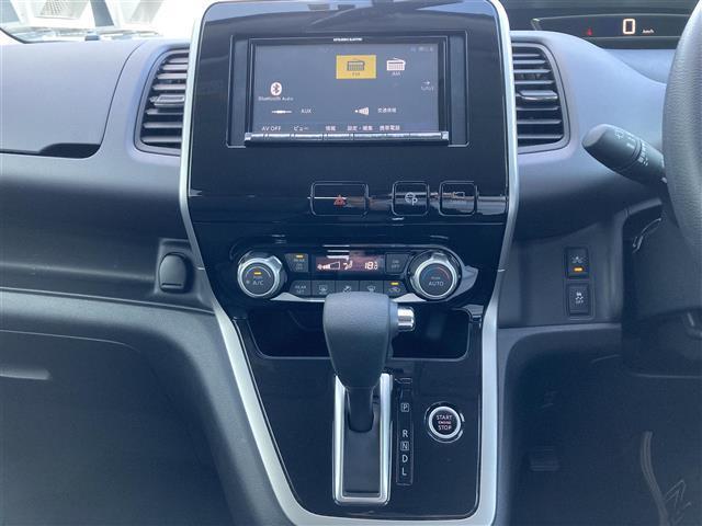 X Vセレクション 4WD 外メモリナビ NR-MZ005 CD DVD BT 全方位カメラ 衝突軽減 横滑り防止 クルコン 両側パワスラ  サイド+カーテンSRS リアヒーター チャイルドシート固定バー Pアシスト(6枚目)