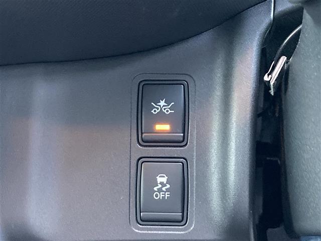 X Vセレクション 4WD 外メモリナビ NR-MZ005 CD DVD BT 全方位カメラ 衝突軽減 横滑り防止 クルコン 両側パワスラ  サイド+カーテンSRS リアヒーター チャイルドシート固定バー Pアシスト(8枚目)