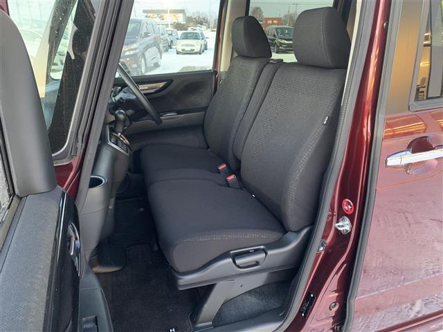 G SSパッケージ 4WD 横滑り防止 両パワスラ シートヒーター ミラーヒーター ETC オートライト HID 外メモリナビ DVD BT フルセグTV バックカメラ オートエアコン ベンチシート ステアリングリモコン(14枚目)