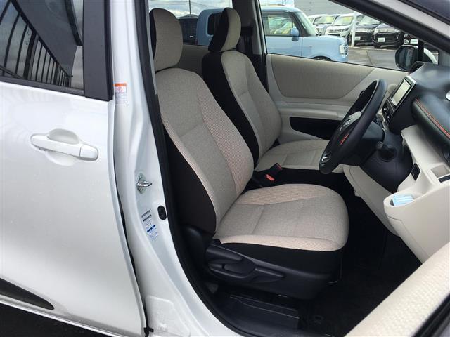 X 4WD 横滑り防止装置 ダブルエアバッグ ウォークスルー 3列シート 左側パワースライドドア ETC 社外メモリナビ CD TV バックカメラ プッシュスタート ステアリングリモコン(12枚目)