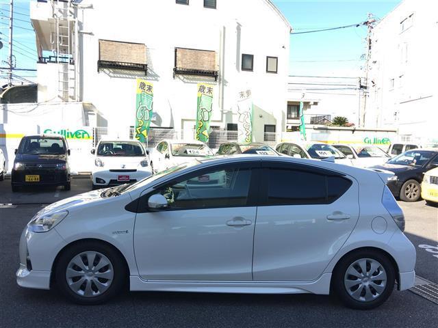 トヨタ アクア S エアロ メモリーナビ バックカメラ フルセグTV