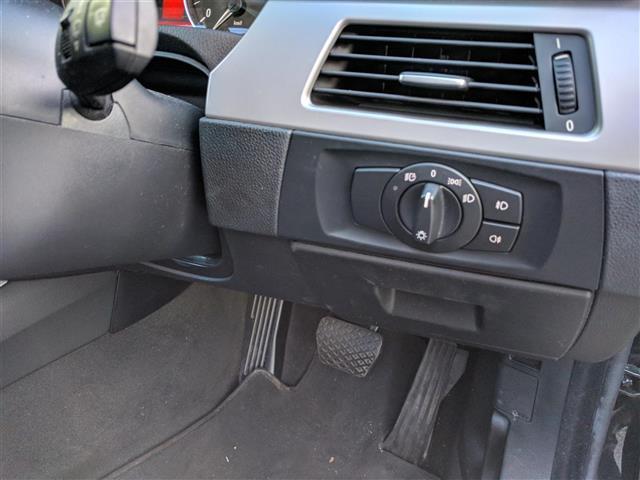 BMW BMW 3シリーズ 社外ナビ パワーシート HIDライト