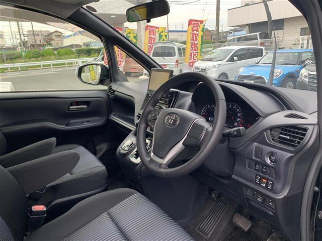 「トヨタ」「ヴォクシー」「ミニバン・ワンボックス」「兵庫県」の中古車9