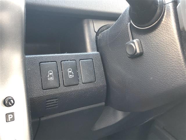 「トヨタ」「ヴォクシー」「ミニバン・ワンボックス」「静岡県」の中古車18
