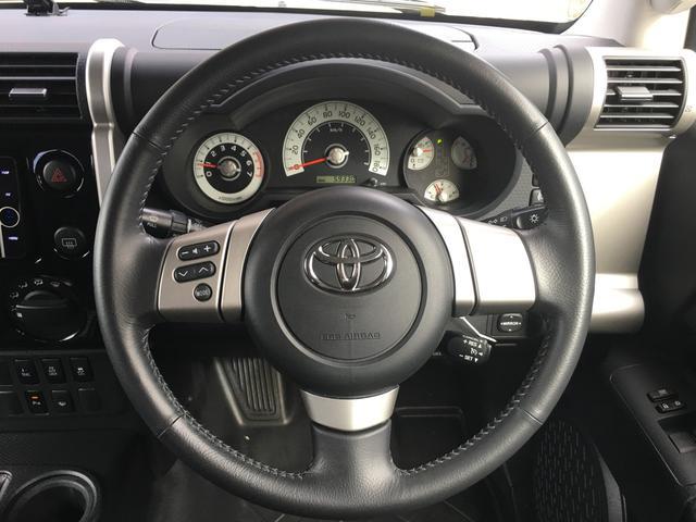 ブラックカラーパッケージ ワンオーナー HDDナビ 4WD(4枚目)