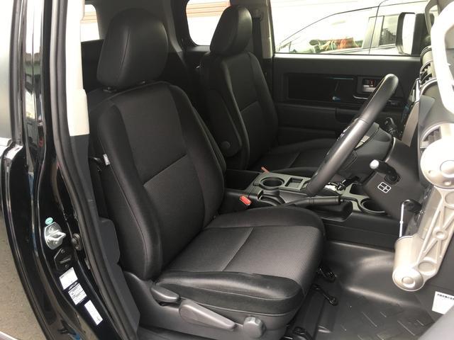 ブラックカラーパッケージ ワンオーナー HDDナビ 4WD(10枚目)