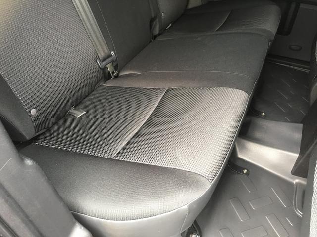 ブラックカラーパッケージ ワンオーナー HDDナビ 4WD(13枚目)