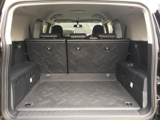 ブラックカラーパッケージ ワンオーナー HDDナビ 4WD(14枚目)