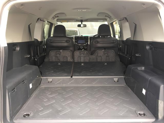 ブラックカラーパッケージ ワンオーナー HDDナビ 4WD(15枚目)