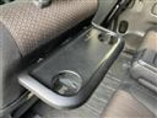 ハイウェイスター S-ハイブリッド ワンオーナー 社外9インチSDナビ フルセグTV/Bluetooth ビルトインETC クルーズコントロール 両側パワースライドドア オートライト 社外フリップダウンモニター バックカメラ(17枚目)