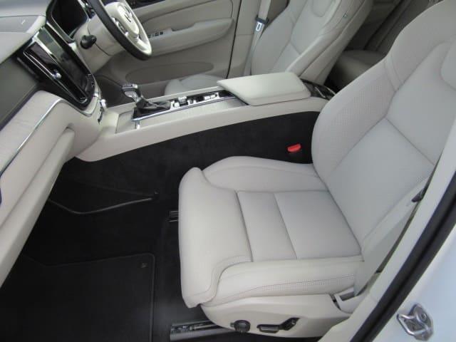 「ボルボ」「ボルボ XC60」「SUV・クロカン」「静岡県」の中古車14